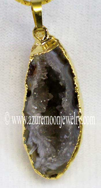 Geode Half Pendant With 24 Inch Cobra Chain